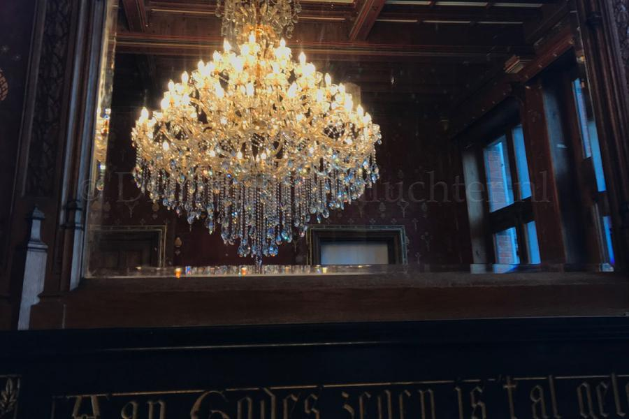Crystal Chandelier Maria Theresa in gold 60 lights - Ø170cm