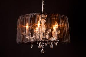 Chandelier Maria Theresa 5 light with Organza shade black